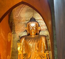 gold buddha by Anne Scantlebury