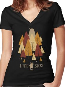 hide and seek Women's Fitted V-Neck T-Shirt