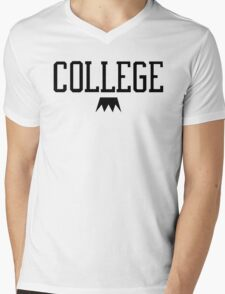 I Love College Mens V-Neck T-Shirt
