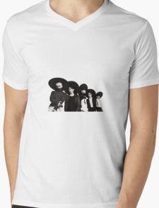 Shinee  Mens V-Neck T-Shirt