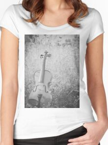 Nature Violin Women's Fitted Scoop T-Shirt