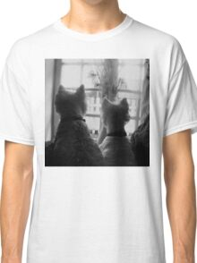 Waiting for mum, WESTIES Classic T-Shirt