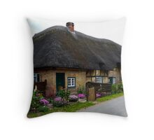 A Charming Cottage at Leckford Throw Pillow