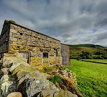 Muker Barn by Stephen Smith
