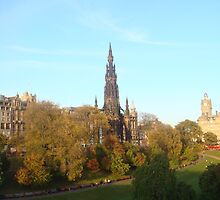Edinburgh in all its Sunny Autumnal glory by DebbieWhite88
