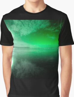 Woolacombe Beach in green  Graphic T-Shirt