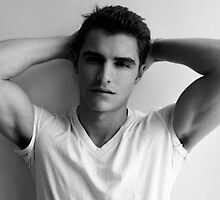 Dave Franco by musicenthusiast