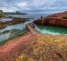 Tantallon Castle by English Landscape Prints