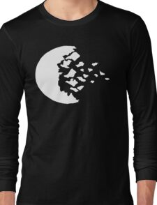 rwby fractured moon white  Long Sleeve T-Shirt