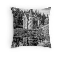 Adverikie Gatelodge black and white Throw Pillow