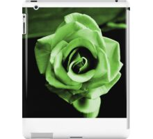 GREEN ST. PATRICK'S DAY ROSE iPad Case/Skin