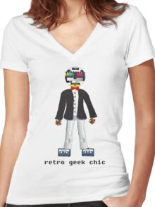 Retro Geek Chic Women's Fitted V-Neck T-Shirt