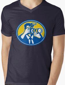 Photographer Shooting DSLR Camera Retro Mens V-Neck T-Shirt