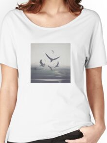 BIRDS Women's Relaxed Fit T-Shirt