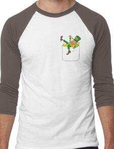 Lucky Leprechaun In My Pocket Men's Baseball ¾ T-Shirt