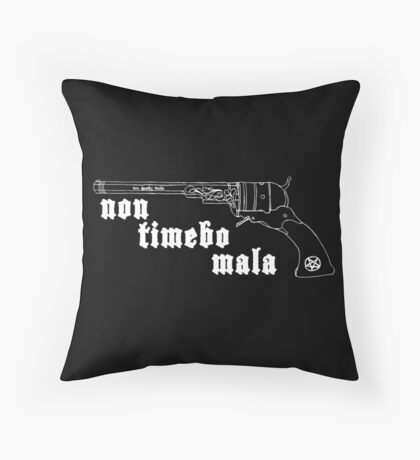 non timebo mala Throw Pillow