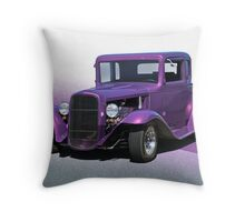 1932 Ford 'Five Window' Coupe Throw Pillow