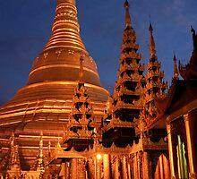 shwedagan pagoda by Anne Scantlebury