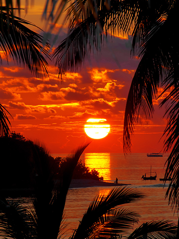 Sunset at Kandooma Island by Henry Jager