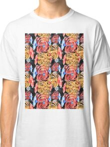 Tropical floral pattern with butterflies Classic T-Shirt