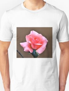 SIMPLE ELEGANT PINK ROSE Unisex T-Shirt