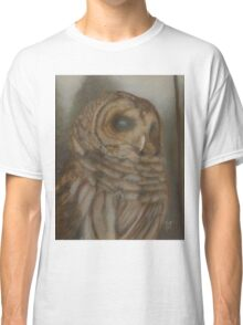 Barry the Barred Owl in the Fog Classic T-Shirt