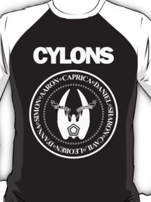 CYLONS (white - low detail) T-Shirt