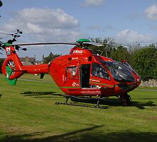 Air Ambulance at Nefyn by trevorh