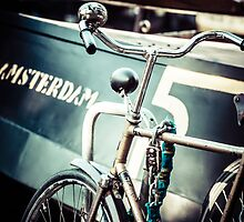 Amsterdam bicycle by Mariusz Prusaczyk