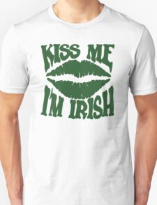 Kiss me I'm Irish Unisex T-Shirt