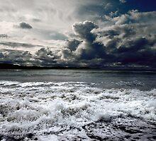 Storm seascape by carloscastilla