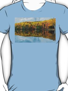 Beautiful reflections of a autumn forest  T-Shirt