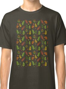 Vector illustration of Autumn leafs pattern Classic T-Shirt