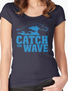 Catch a wave Women's Fitted Scoop T-Shirt
