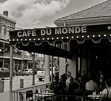 Cafe Du Monde by Hayley Musson