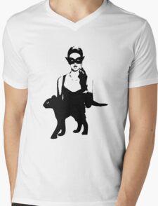 Cat Women Luxury Mens V-Neck T-Shirt