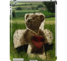 Teddies heart iPad Case/Skin