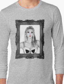 QUEEN CL Long Sleeve T-Shirt