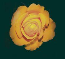 """Spot on"" yellow rose  T-Shirt"