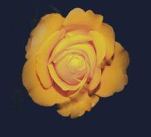 """Spot on"" yellow rose  Kids Tee"