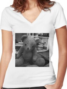 Barnacle Women's Fitted V-Neck T-Shirt