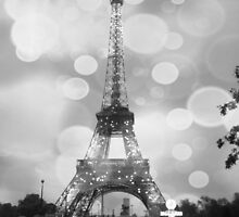 Paris at Night, Black and white by LLStewart
