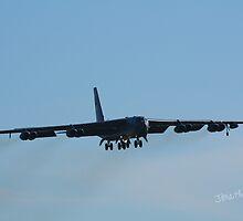 B-52 landing at Waddington Airshow by Jonathan Cox