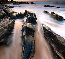 Splitting the Rocks by DawsonImages