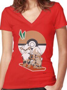 Pokemon Growlithe & Arcanine Women's Fitted V-Neck T-Shirt
