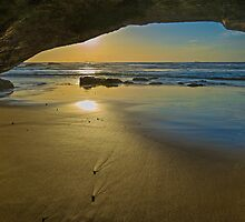 Cave Dawn by bazcelt