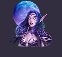 Hunter night elf   Unisex T-Shirt