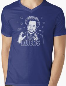 The Aliens Guy (Giorgio Tsoukalos) Mens V-Neck T-Shirt