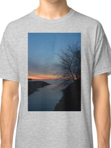 Waiting for Dawn - Lakeside Blues and Oranges Classic T-Shirt