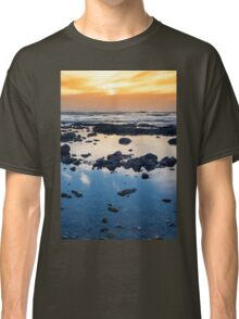 beautiful mellow sunset over rocky beach Classic T-Shirt